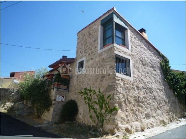 Casa la chimenea en villatoro vila - La casa de la chimenea ...