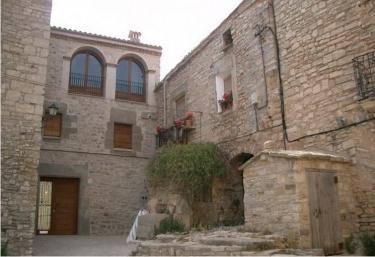 Cal Gomà - Montfalco Murallat, Lleida