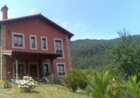 Casa y el monte