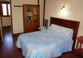 Dormitorio de matrimonio amplio Casa del Pinar