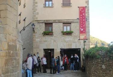 Caserón el Remedio  - Uncastillo, Zaragoza