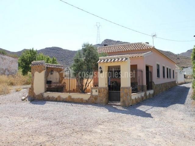 Casa la alcuza en cartagena murcia for Casa jardin murcia