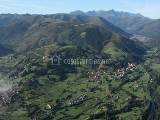 Vista aérea del Valle de Cabuerniga en la provincia de Cantabria