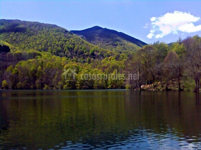 Lago del Parque Natural de Montseny