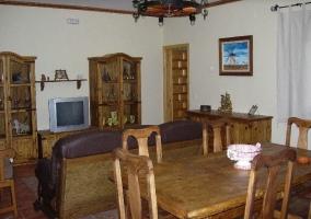 Salón comedor con tele