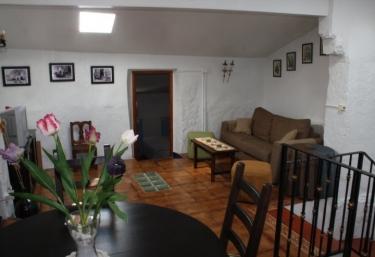 Casa Rural Abuela Pilar - Fuendetodos, Zaragoza