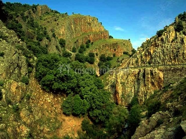 Casa de la toza en reolid albacete for Baneras antiguas baratas