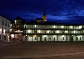 Plaza de Tembleque al anochecer