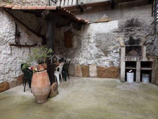 Casa rural sancho de rota en arguedas navarra - Patios con barbacoa ...