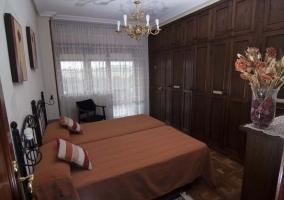 Dormitorio star con dos camas