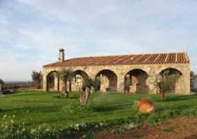 Casa rural con arcos
