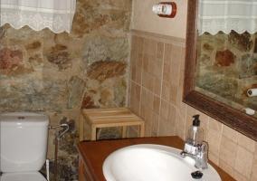 Lavabo de cuarto de bano de piedra