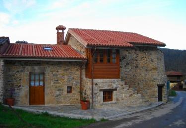 Casa Camilo - Pravia, Asturias