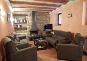 Fachada de la casa rural catalana