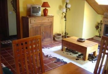 Casa Modesta- Apartamento A - Caunedo (Somiedo), Asturias