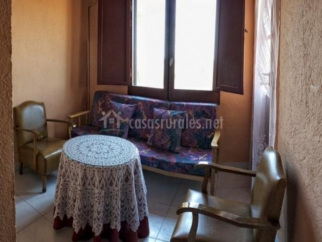 Mas lacosta en vila sacra girona for Sala de estar palacio