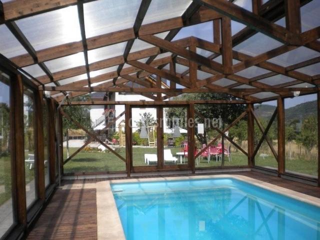 La peregrina de las m dulas en carucedo le n - Casa rural con piscina cubierta ...