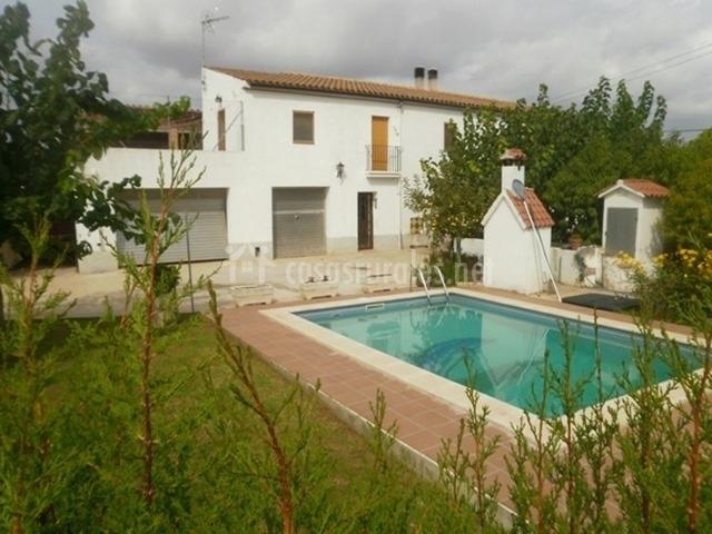 Casa rural con piscina, barbacoa y garaje