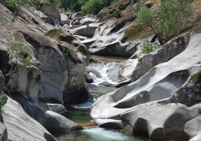 Curiosas formaciones geológicas de la Garganta de los Infiernos