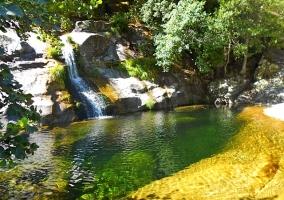 Una de las múltiples piscinas naturales del Valle del Jerte