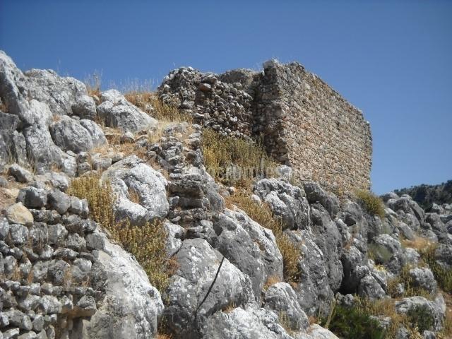 Ruinas del Castillo medieval de Fátima en Ubrique