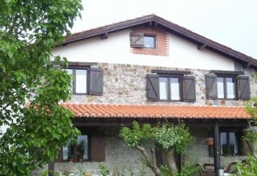 Casa rural Altuena - Amoroto, Vizcaya