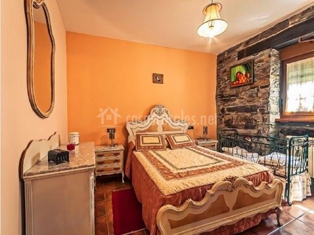 La casa del manco en arganza le n - Dormitorio barroco ...