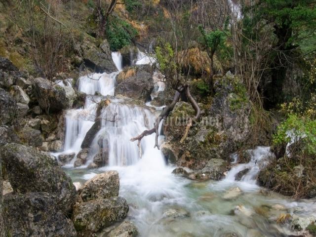 Casas rurales amable en yeste albacete - Casas rurales benizar ...