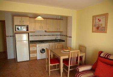 Apartamentos Lucas - Liencres, Cantabria