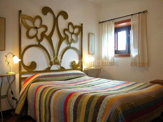 Etxartenea en monreal navarra - Colchas dormitorio matrimonio ...