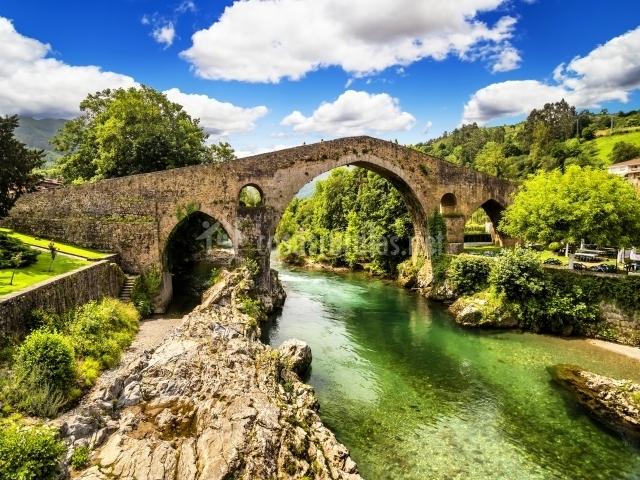 Puente Romano Matrimonio : Mirador de urriellu en poo cabrales asturias