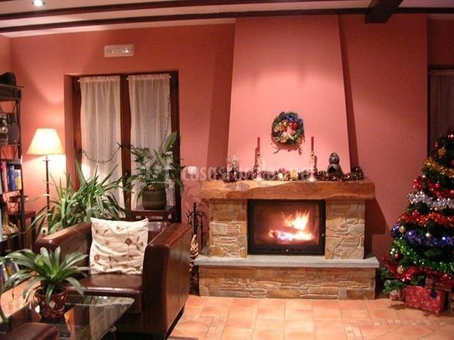 Casa rural el castro en arancedo asturias for Casa rural con chimenea asturias