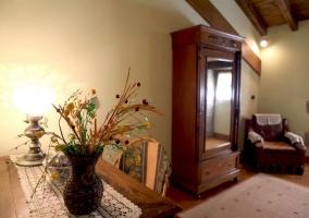 Dormitorio, detalle de los armarios