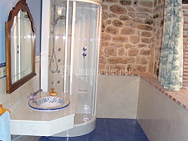 detalle mobiliario baño