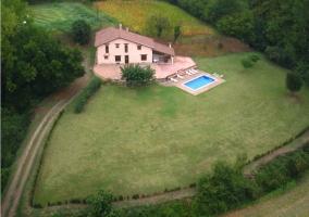 La casa y piscina