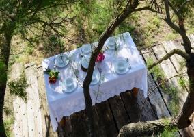 Mesa comedor en terraza