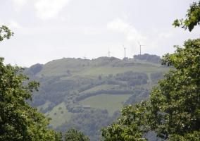 Vistas desde la casa a la sierra y los molinos