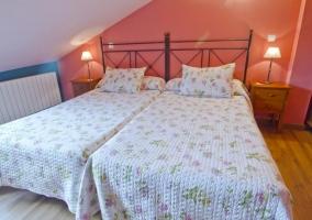 Dormitorio doble con amplitud