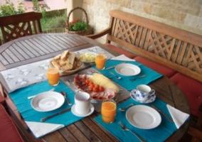 Típico desayuno