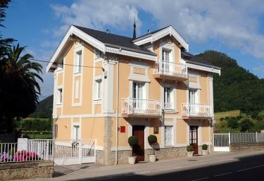 Apartamentos Villa Fresnedo - Solares, Cantabria