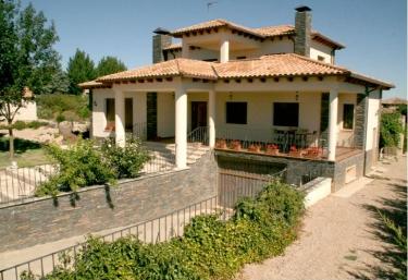 Los Lagares - Pedrosa De Duero, Burgos