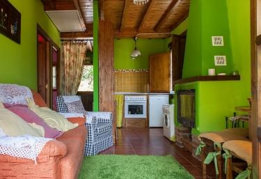 Casas rurales con chimenea en coa ana teverga for Casa rural con chimenea asturias