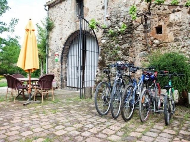 Bicicletas y mobiliario