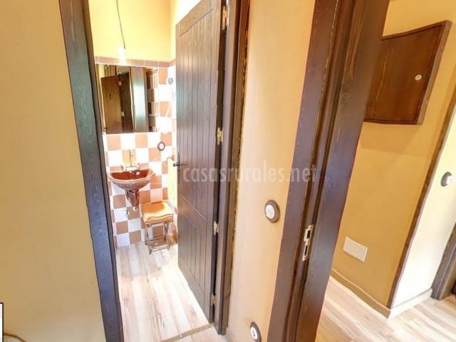 Entrada cuarto de baño