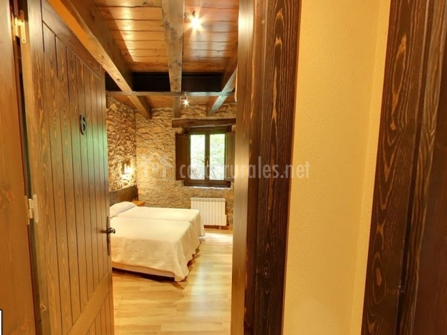 Entrada dormitorio doble planta baja