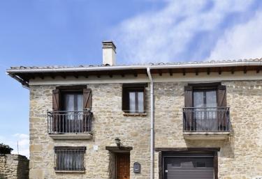 Casa Rural Amparo - Sada, Navarra