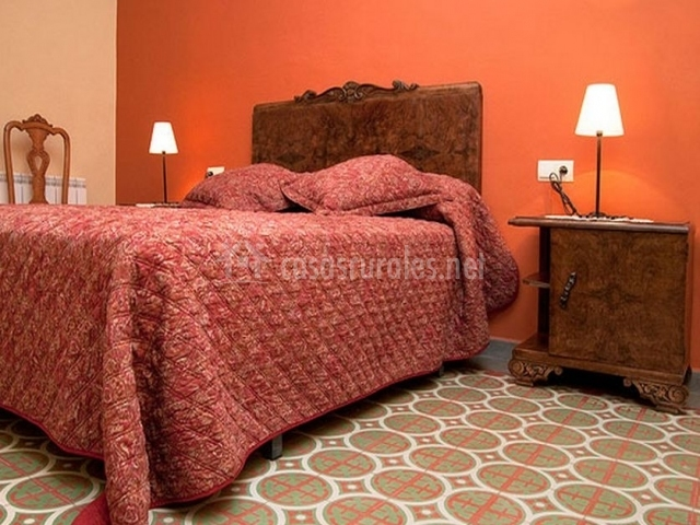 Apartamento peque o casa carrera en biscarrues huesca - Color salmon en paredes ...