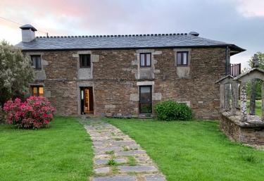 Casas do Campo - Monfero, A Coruña