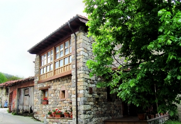El Sotámbanu - Arangas, Asturias