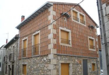 Tía Marina - Navalonguilla, Ávila